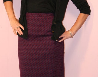 Pencil Skirt/PLUM/Briggs/Size 6