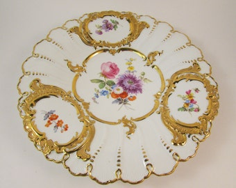 Antique Meissen Porcelain Plate Hand Painted Florals with Heavy Gold Gilding Scalloped Edge Cabinet Plate