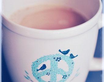 Food-Fotografie - Morning Cup of Peace - 8 x 10 Fine Art print - Retro-Blau Aqua Tan Milchkaffee Tasse rustikal Land Wohnkultur