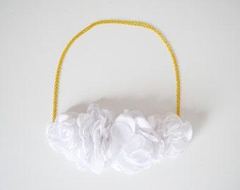 Headband mariée fleurs blanches mariage champêtre, bijou de tête mariée fleurs blanches, accessoire cheveux mariée fleurs blanches
