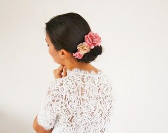 Peigne à cheveux mariage champêtre fleurs rose beige, accessoire cheveux mariage fleurs demoiselle d'honneur