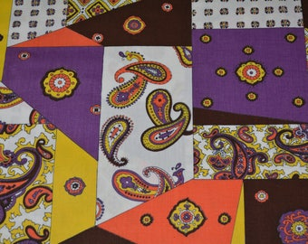 Vintage cotton fabric 1970s fabric cheater quilt fabric novelty fabric mod purple paisley fabric by the yard Schwartz Liebman