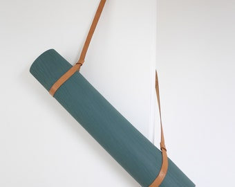 Yoga mat strap made of genuine leather