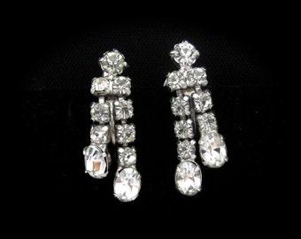 Rhinestone Earrings, Vintage Screw On, Wedding Earrings, Wedding Jewelry, Vintage Party, Sparkling Silvertone Wedding Bridal