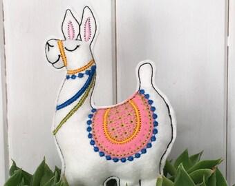 Llama ITH softie embroidery design digital download