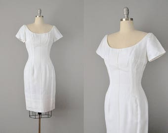 60s Dress // 1960's Mr. Blackwell White Linen Embroidered Wiggle Dress // Small