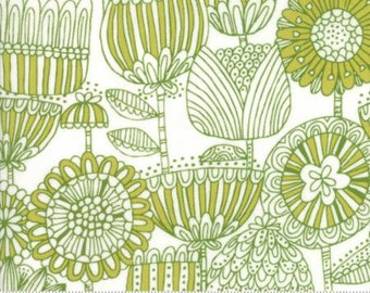 Just Another Walk In The Woods by Stacy Iest Hsu for Moda - Children's Funny Flower - Green - FQ - Fat Quarter Cotton Quilt Fabric  1216