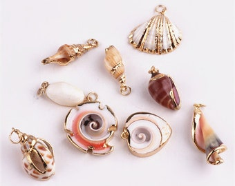Shell Charms, 5PCS, Seashells Charm, Scallop Charm, Bracelet Charms, Beach Charms, Craft Findings, Jewelry Supplies