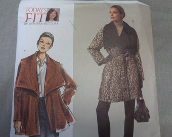 Vogue V1024, Sandra Betzina, Misses' Coat, Lined Coat, Raglan Sleeves, Wide Collar, All Sizes Bust 32-55,