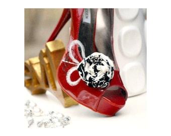 Shoe Clips Damask & Feathers. Beige Ivory Black Pearl Shoe Accessory, Bride Bridal Bridesmaid. Wedding Shoe Clips. French Shabby Chic Damask