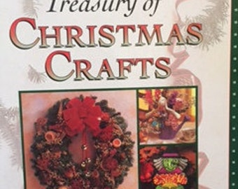 Treasury of Christmas Crafts And Other Holiday Crafts