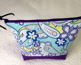 Aqua & Purple Paisley Essential Oil Bag, Essential Oil Pouch, Oil Storage Bag, Essential Oil Travel Bag, Makeup Bag, Christmas gift