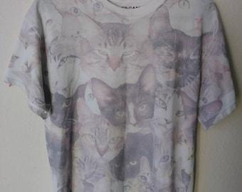 Vintage Kittens T-Shirt (Gildan) (Cats)