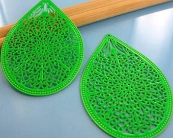 2 pendants drops - spring - size green color prints: 32x48mm # 45
