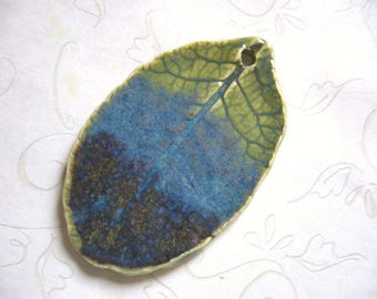 Three In One Pottery Leaf Pendant