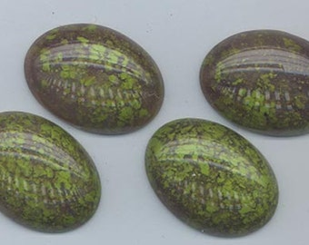 Four top-of-the-line Italian acrylic cabochons - moss agate matrix - 25 x 18 mm
