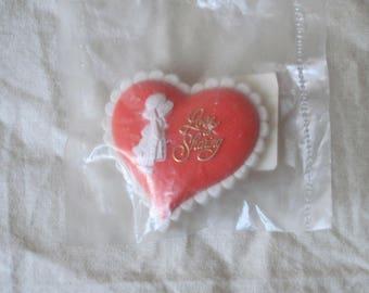 Vintage Holly Hobby Valentine Pin