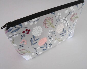 Large Cosmetic Bag Zipper Pouch ECO Friendly Padded Flat Bottom Zipper Pouch Vintage Floral Toss