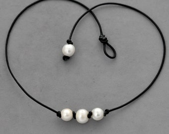 Triple pearl leather necklace, pearl necklace, black leather, knot, three pearl leather necklace, white freshwater pearl leather necklace