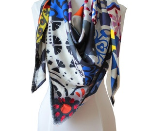 "scarf silk scarf -design- 130 ""x 130"" - Made in France - Limited Edition."