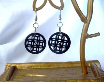 RICHARME Round Thai Button Earrings in Deep Pewter Gray