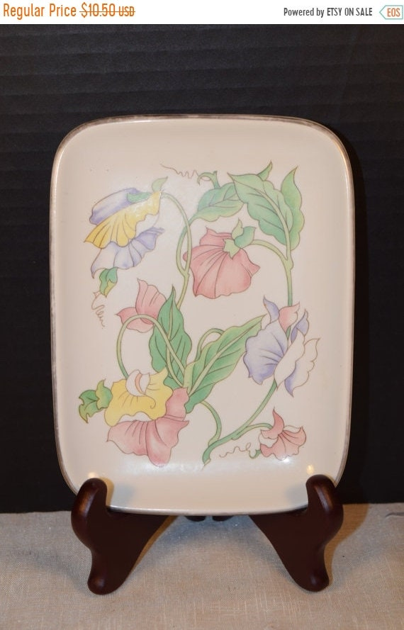 Delayed Shipping Ben Rickert Porcelain Floral Vanity Tray Vintage Floral Plate Soap Dish Dresser Tray Plate Made in Japan Gift for Her Mothe