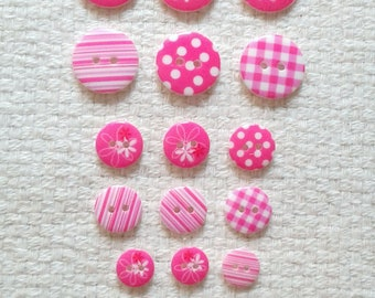 Rose bouton assortiment - trois tailles - 19 boutons 03/2018