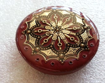 Western Style Concho Cabochon Basket Center, Pine Needle Base in Resin - Gold or Silver on Indian Red