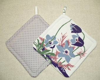 Pot Holders made with Vintage Tablecloth, Trivets, Hot Pads, Set of 2, Insulated Potholders, Lavender, For the Kitchen, For the Cook