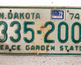 North Dakota License Plate, ND, Vintage, 1974 Authentic, Green, White, Peace Garden State