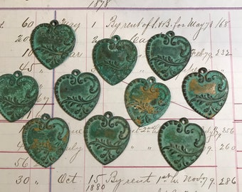 Verdigris Heart Charms (2) Pendant- Jewelry FINDING Vintage Style- Boho Jewelry Parts Vintage Supply- B61