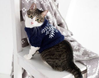 Snowflake Sweater for Cat, Cat clothes, Warm hand knitted sweater, Cat pullover, Winter clothes for cats, Knit handmade sweater