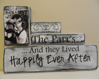 Custom Wood Name Sign, Personalized Wedding Gift,Last Name Sign, Rustic Family Est. Sign, realtor closing gift, Housewarming gift, shabby
