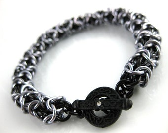 Turkish Round Chainmaille Bracelet in Black Ice on Dark silver with Rhinestone Toggle Clasp