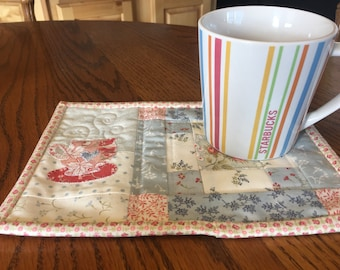 Quilted Mug Rug Coffe Cup