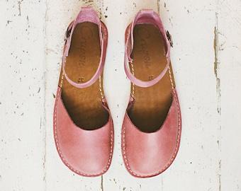 Women Sandals, Pink Leather Sandals, Summer Flats, Casual Shoes, Flat Sandals, Boho Sandals, Leather Sandals, Blush Pink Sandals, Sandals