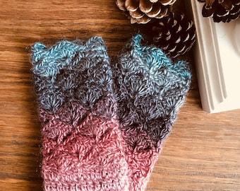 Wrist warmers, fingerless gloves, mittens