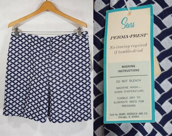 10 Dollar Sale---Vintage 70's SEARS Deadstock Perma-Prest Shorts Size 16