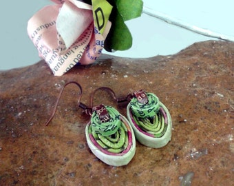 Paper earrings| Green Pink| Eco-friendly| recycled paper| jewelry| dangle & drop earrings| Spring colors