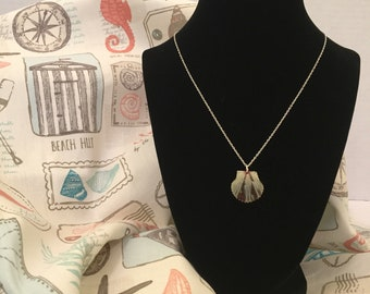 Grey with Red Stripes Scallop Natural Seashell Necklace