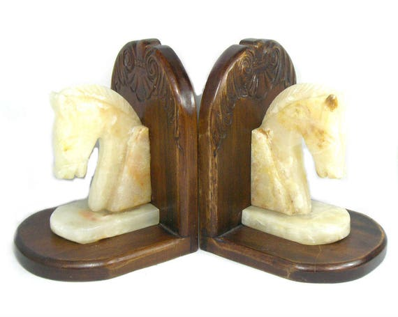 Vintage Onyx Horse Bookends on a Wooden Base, Wooden Horse Bookends, Onyx Bookends, Book Lover's Gift, Horse Lover's Gift, Library Decor