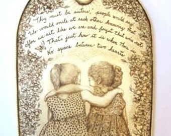 best friends sisters wall plaque resin engraved love inspirational Moosup