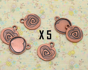 5 x heart charm double sided metal copper