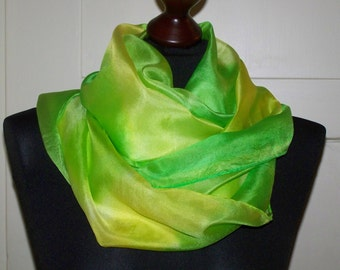 """Silkscarf """"Colore di Primavera"""" in yellow and green (pantone), silk, long scarf, one of a kind, wearable art, unique, silkpainting"""