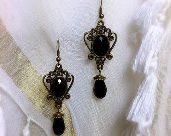 Black Bohemian vintage Pearl Earring, earring