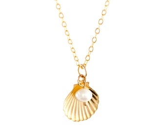Shell & Pearl Charm Necklace / 14k Gold Filled / 925 Sterling Silver / Beach / Sea / Seaside / Nautical / Gemstone  Semi-Precious / Gift