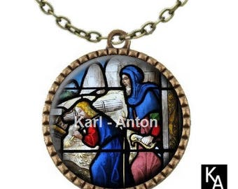 Bronze color necklace with round pendant + chain pattern stained glass Church (677)