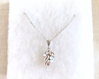 Leaf Rhinestone Bridal Necklace, necklace for bridesmaids, rose gold necklace, simple leaf necklace, bridesmaid jewelry, bridal jewelry