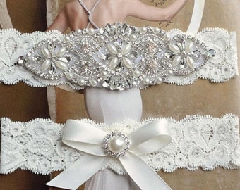ON SALE Vintage Ivory Wedding Garter, Crystal Bridal Garter Set, Vintage Inspired Wedding Stretch Lace Garter, Bridal Garter, Garter