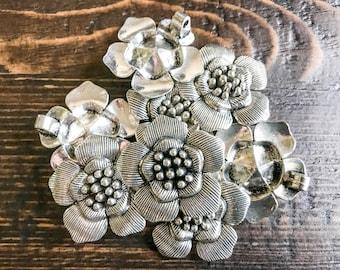 1 pc - Antique Tibetan Silver Blossom Pendant - Flower Pendant, Cherry Blossom, Sakura, Japanese, Jewelry Making, Dogwood, Crafting Supplies